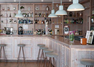 Un bistrot très parisien à San José de La Rinconada, par MisterWils, architecture d'intérieur, décoration, furniture for free soul