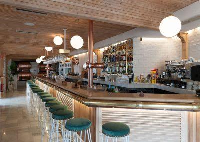 Rocala, nouveau restaurant du Groupe La Raza, par Persevera Producciones, avec MisterWils, furniture for free souls