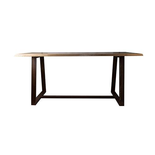 REVERSE Table de style industriel, avec structure en métal et plateau en bois. Possibiilité de fabrication sur mesure et personnalisation du plateau ou de la structure.