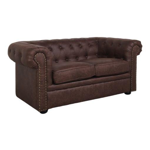ARIZONA 2PL Fauteuil de style Chester fabriqué en peau synthétique avec effet cuir ancien. Trouvez-le chez Mister Wils. Tables, chaises, canapés, tabourets, étagères, plantes artificielles…