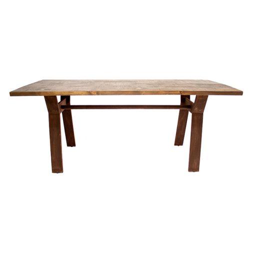 THIRTEEN Table de style industriel avec structure en fer et plateau en bois. Finitions personnalisables. Disponible en bois neuf vieilli ou en bois ancien.