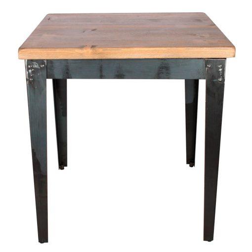 MANUFACTURE Vous recherchez une table pour un projet de décoration dans un style industriel? La voici! Fabrication sur mesure, disponible en bois neuf effet vieilli ou en bois ancien.