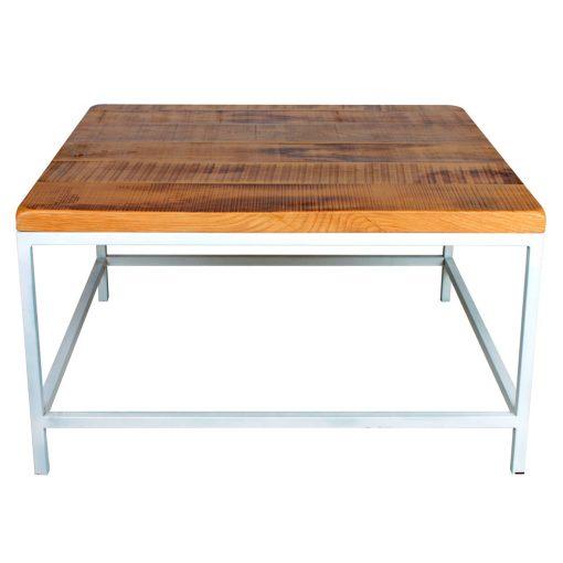 MITTER Table auxiliaire en bois, elle s'adapte à tous types d'intérieurs, qu'ils soient de design sobre ou contemporain. Produit fabriqué par MisterWils, les dimensions et finitions sont personnalisables.