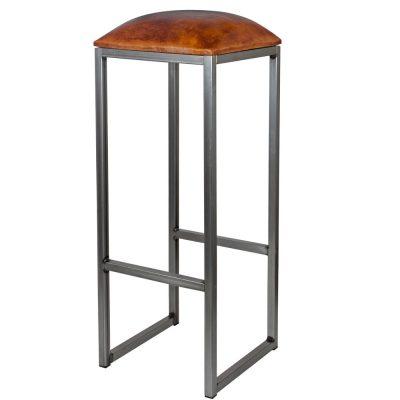 COUNCIL BARNIZ Tabouret haut de style vintage, structure en fer avec repose-pieds, assise en cuir de chèvre. Personnalisable avec supplément.