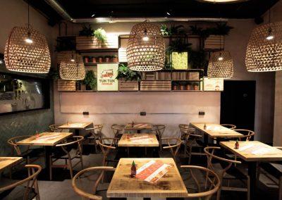 mister-wils-architecture-interieur-tuk-tuk-noodles-sevilla-2