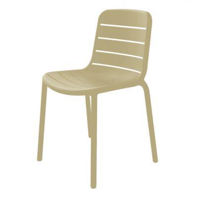 GINA Chaise pour usage intérieur ou extérieur. Fibre de verre et polypropylène via technologie de moulage assistée par gaz. Empilable, traitement anti-UV.