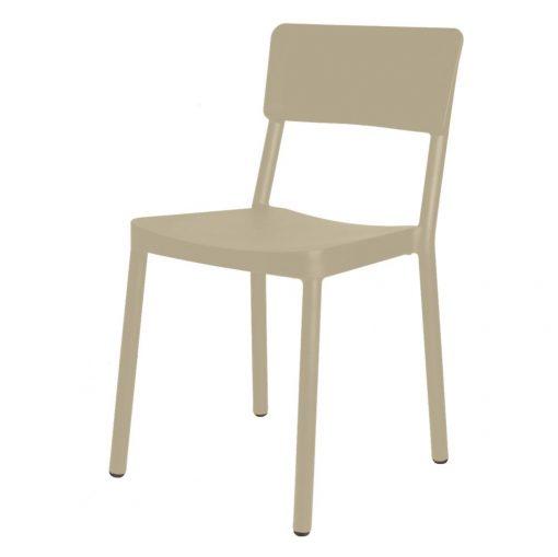 LISBOA Chaise pour usage intérieur ou extérieur, fibre de verre avec polypropylène via une technologie assistée par gaz. Empilable, protection anti-UV.