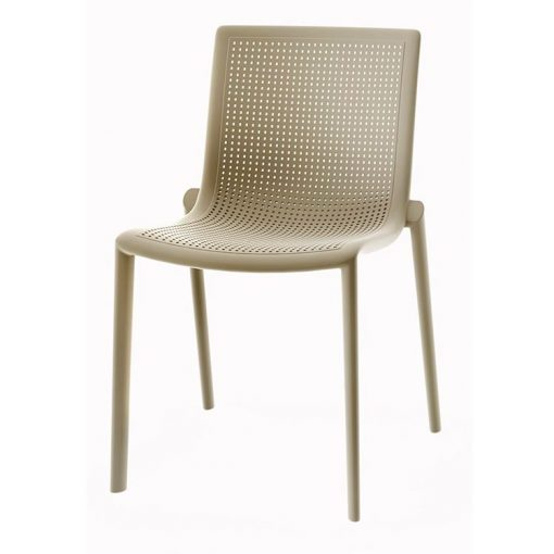 BEEKAT Chaise adaptée pour l'extérieur, injectée en fibre de verre avec polypropylène via une technologie de moulage assisté par gaz. Empilable