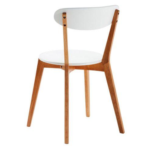 LUANA Chaise de style scandinave, structure en bois de chêne, assise et dossier en MDF laqué blanc. Dimensions: 49x55x80 cm. Commande minimale: 2 unités. Produit non adapté pour un usage professionnel