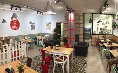 « El Moli Pan y Café », une chaîne de cafés meublée par MisterWils