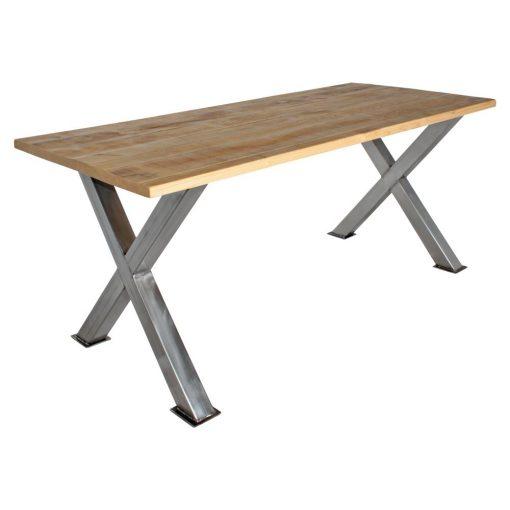 MAYA Table de style industriel avec pieds en acier en forme de croix, plateau en bois de manguier. Pieds disponibles en noir, blanc, cuivré ou vernis. Possibilité de fabrication sur mesure et finitions personnalisables.
