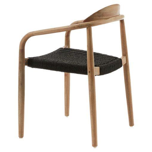 GLYNIS BLACK Chaise avec accoudoirs. Structure en eucalyptus massif. Traitement Nano Oil PNZ pour une durée de vie plus longue et protection anti-UV. Assise en cordes de polyester résistante aux rayons UV. Adapté pour un usage extérieur sous abri. Dimensions: 56x53x78 cm Commande minimale: 4 unités
