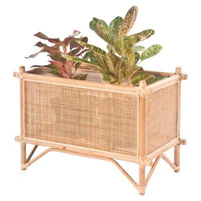 PLANTER Pot de fleurs fabriqué en bambou et en rotin. Trouvez-le chez Mister Wils. Plus de 4000m² d'exposition. Buffets, étagères, luminaires, tables, chaises, canapés et banquettes, tabourets, ventilateurs, plantes artificielles...