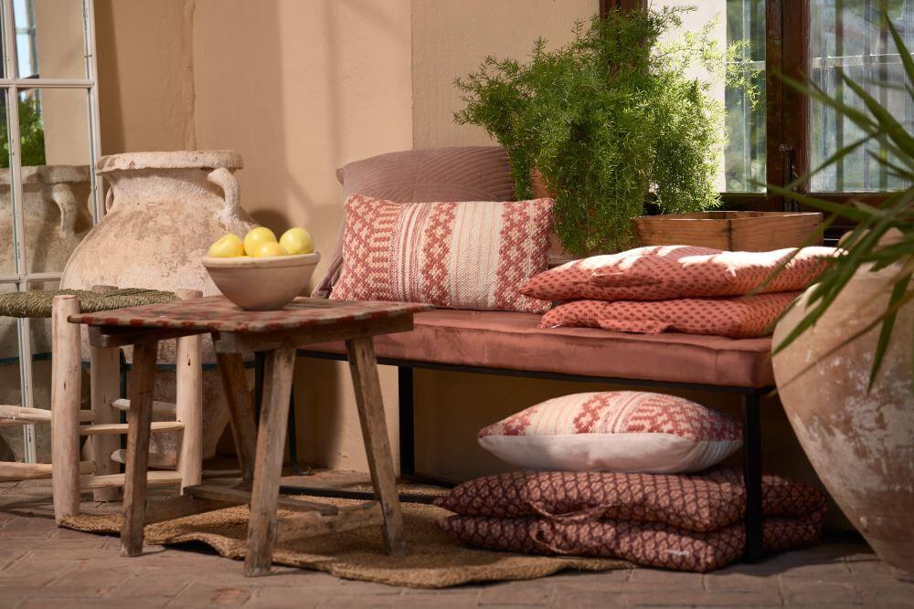 Les bancs en bois à la mode, et comment en tirer profit. MisterWils furniture for free souls, industriel scandinave, mid century, vintage...