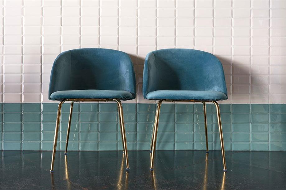 Mettez-vous à l'aise avec nos derniers modèles de chaises tapissées. MisterWils, furniture for free souls, industriel, vitage, Mid Century...