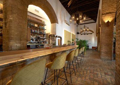 El Colmao, un nouveau restaurant décoré par Neuttro dans un ancien palais | MisterWils, furniture for free souls industriel, vintage, scandinave...