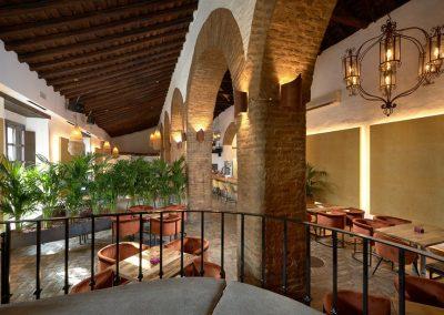 El Colmao, un nouveau restaurant décoré par Neuttro dans un ancien palais   MisterWils, furniture for free souls industriel, vintage, scandinave...