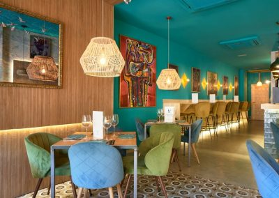 La Jaula de Papel, un restaurant atypique en plein coeur de Séville | MisterWils, furniture for free souls, vintage, scandinave, sofas, chaises...