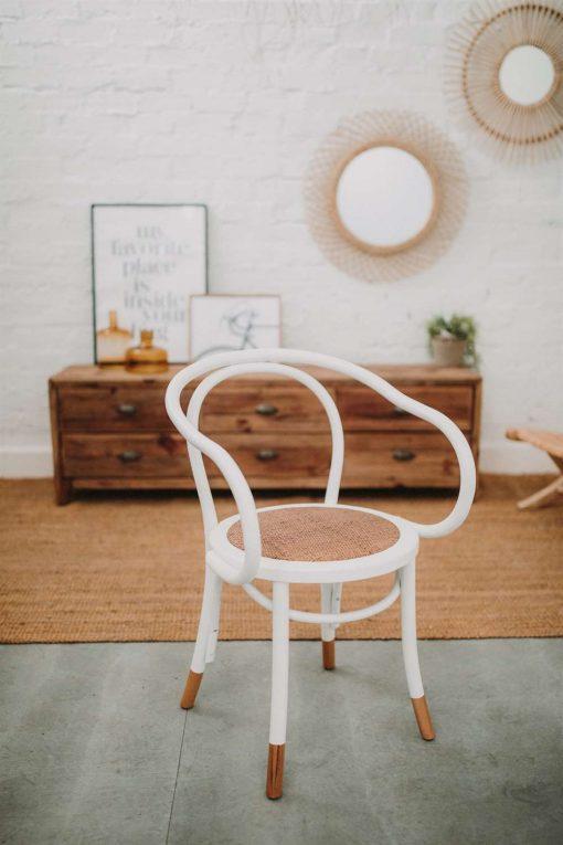 DANUVE Buffet meuble TV fabriqué en bois de pin recyclé avec 6 tiroirs. | Trouvez-la chez Mister Wils. Plus de 4000m² d'exposition. Buffets, étagères, luminaires, tables, chaises, canapés et banquettes, tabourets, ventilateurs, plantes artificielles...
