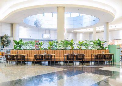Canel Rolls ouvre un nouvel établissement dans un style Bistrot moderne | MisterWils, furniture for free souls, architecte d'intérieur, mobilier vintage, industriel, scandinave...