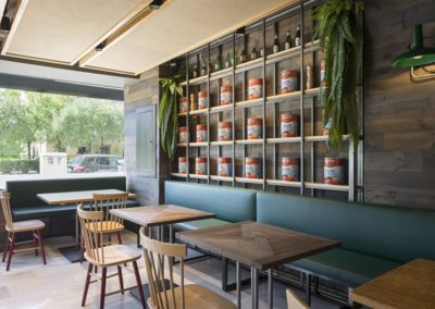 Rénovation de la Pizzeria Al Gusto Tapas par CM4 | MisterWils, furniture for free souls, architecte d'intérieur, mobilier vintage, industriel, scandinave...