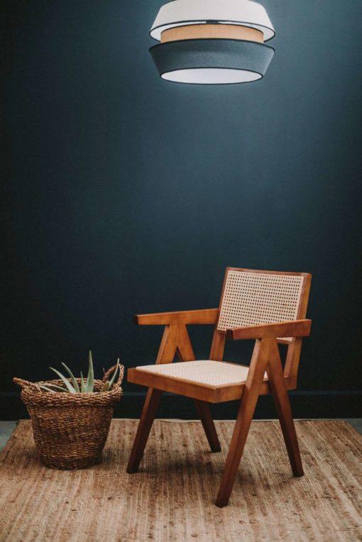 CAPITOL BROWN Chaise de style Rationaliste avec structure fabriquée en bois d'orme, assise et dossier en cannage en rotin