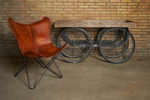 VELOCAR Chariot de style vintage/industriel avec structure en acier, finition noir ancien. Roues de vélo (700c) et caisse en bois de manguier effet ancien.