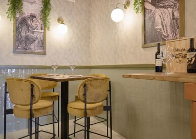 Rénovation du restaurant Doña Encarna par FABI, la fabrique des bonnes idées | MisterWils, furniture for free souls.