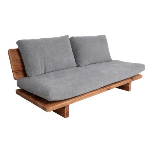 KUBU Canapé 3 places avec structure en bois massif de pin recyclé, coussins tapissés en tissu | Trouvez-la chez MisterWils. Plus de 4000m² d'exposition.