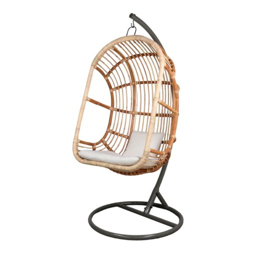 EGG Chaise suspendue de style exotique fabriquée en rotin naturel | Trouvez-la chez Mister Wils. Plus de 4000m² d'exposition. Buffets, étagères...