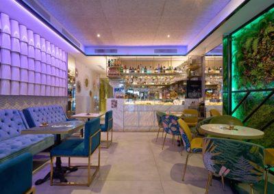 Cet espace inspiré du luxueux style Art Déco, ouvre ses portes pour inonder le cœur du quartier de Los Remedios de sensations.