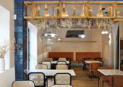 Le célèbre temple sevillan des 'caracoles' et 'cabrillas' rénove son établissement pour une esthétique moderne et fonctionnelle.15