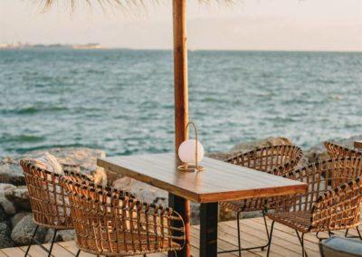 Amarola est le nouveau concept gastronomique créé par le chef Alejandro Alcántara dans une ambiance parfaite en bord de mer.20