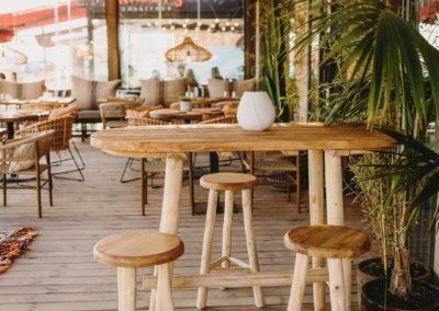 Amarola est le nouveau concept gastronomique créé par le chef Alejandro Alcántara dans une ambiance parfaite en bord de mer.23