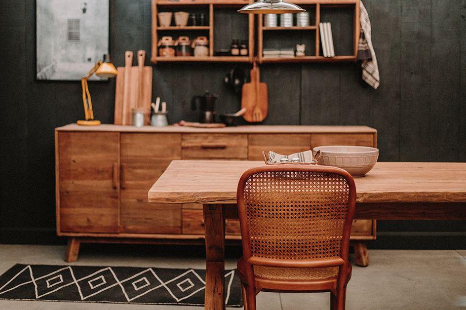 Durables, ils apportent une touche naturelle et artisanal à n'importe quel intérieur. Les meubles en résille et style cannage sont de de retour.5