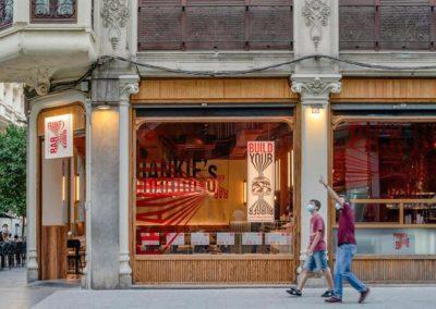 Le restaurant Frankie's Burger Bar a ouvert ses portes dans le centre de Valence