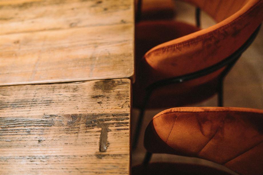 mueble personalizado silla tapziada